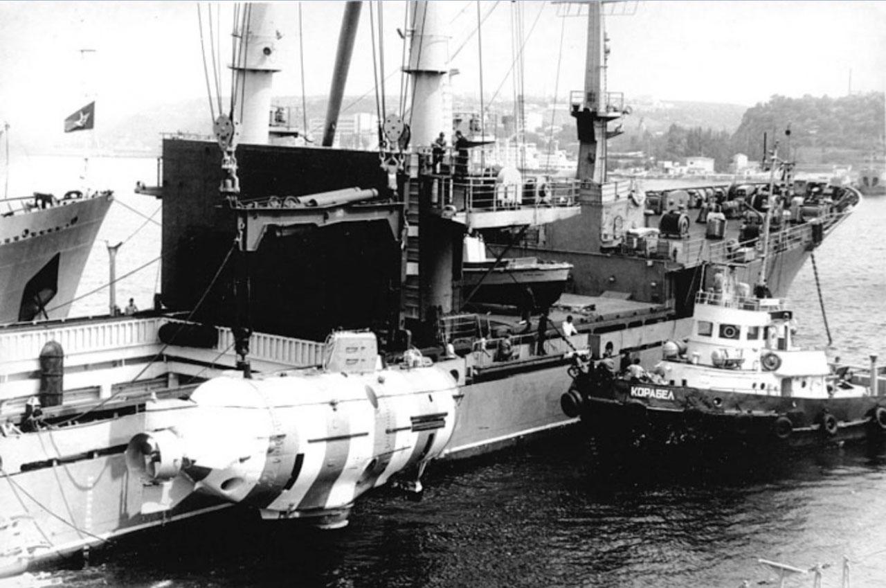 Cпасательное судно «Григорий Козьмин» Тихоокеанского флота.