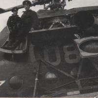 Ми-8 на обслуживании..