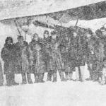 Проводы авиазвена М.В. Водопьянова (шестой слева) с бухты Нагаева на Чукотку. 1935 год.