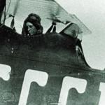 Летчик Сергеев и бортмеханик Бордовский. Бухта Нагаева 1935 год