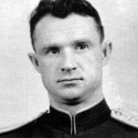 Инженер по авиаоборудованию Леонид Г. Шатихин.