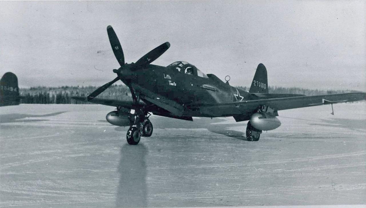 С 1942 по 1945 года около 8000 самолетов было поставлены по Ленд-лизу из США в СССР.