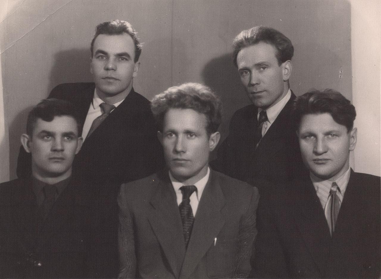 Аркагалинская ГРЭС. Бригада ремонтников электроцеха. 1960 год.