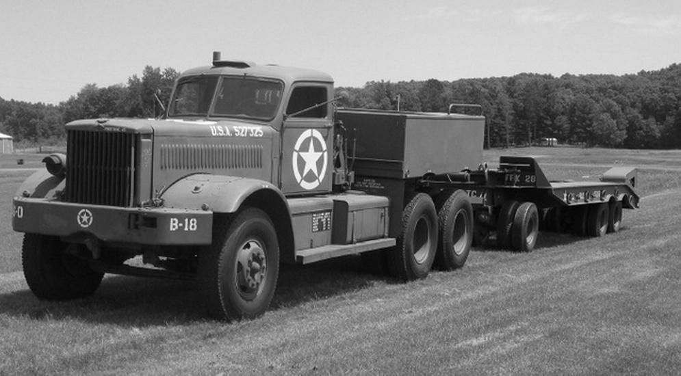 Diamond T 980.