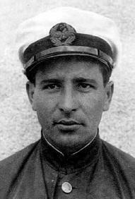 Авксентий Андреевич Шумейко. В 1939—1940 годах — пилот Магаданского авиаотряда Дальстроя