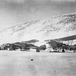 Парад самолетов Дальстроя в бухте Нагаева. 1935 год