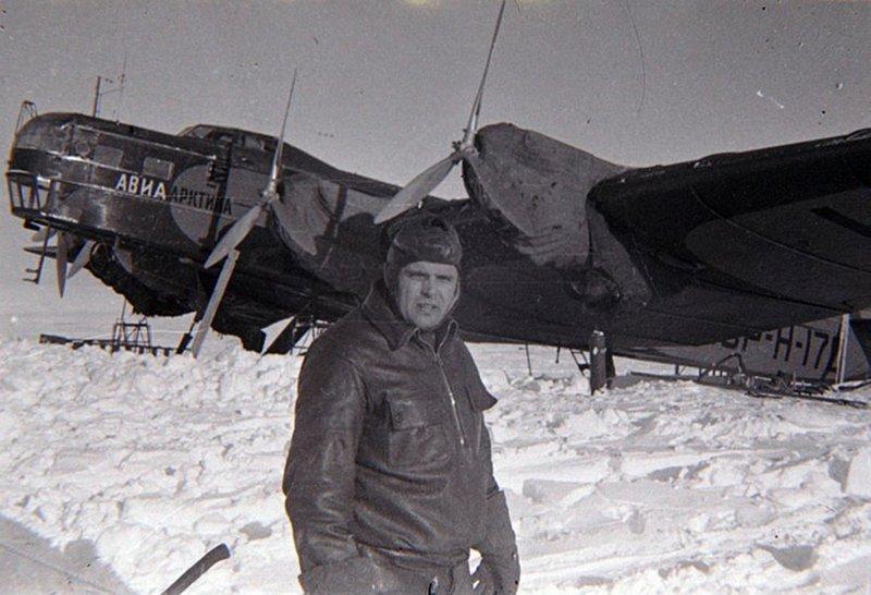 Водопьянов Михаил Васильевич – лётчик Полярной авиации.