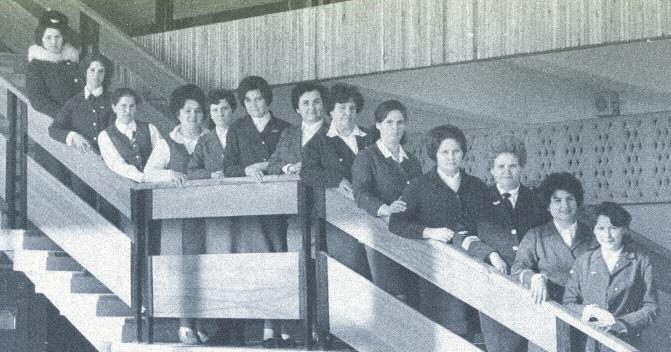 Работники службы организации перевозок в день открытия нового аэровокзала аэропорта «Магадан». 1974 год.
