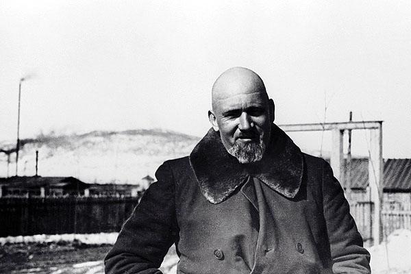 Первый директор Дальстроя Эдуард Берзин в Нагаево