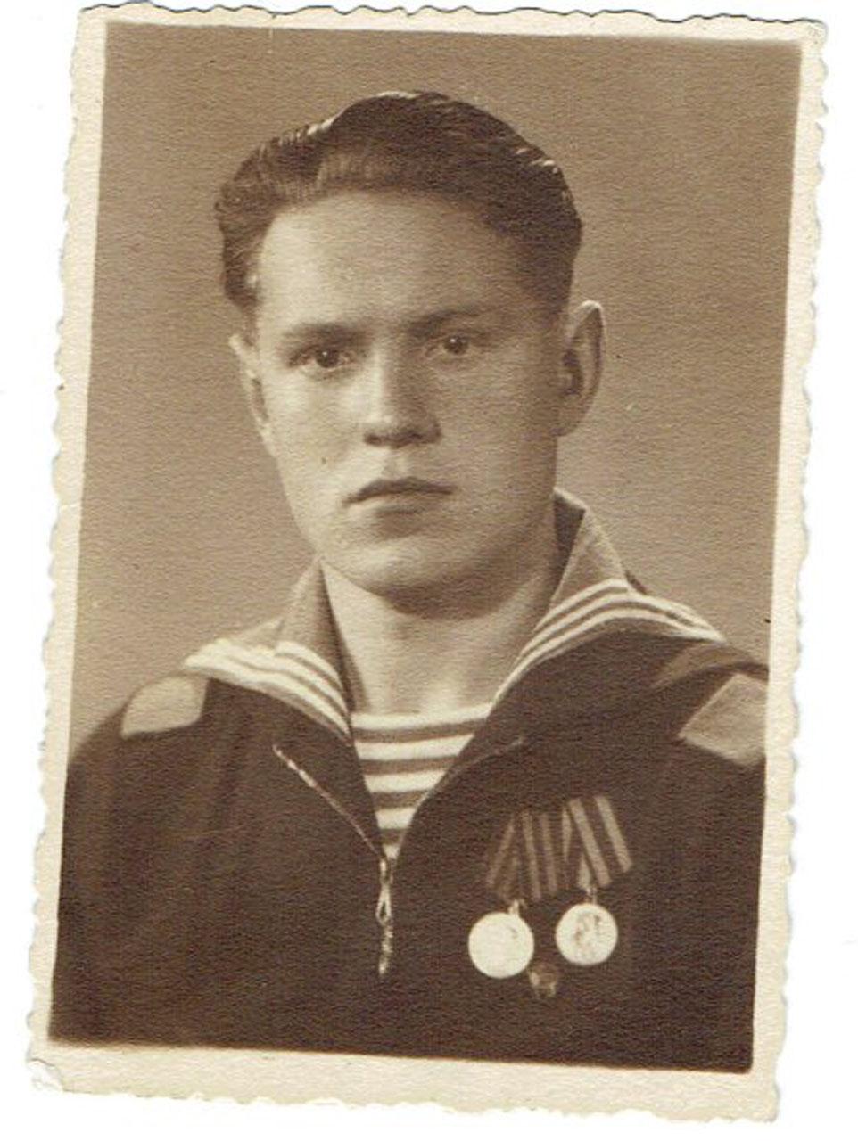 Иван Григорьевич Бондаренко.