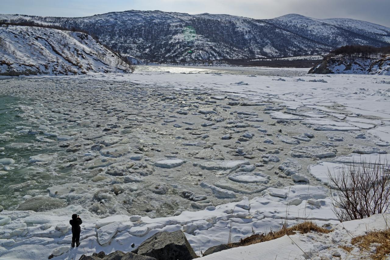 Битый лёд у Вдовушки.