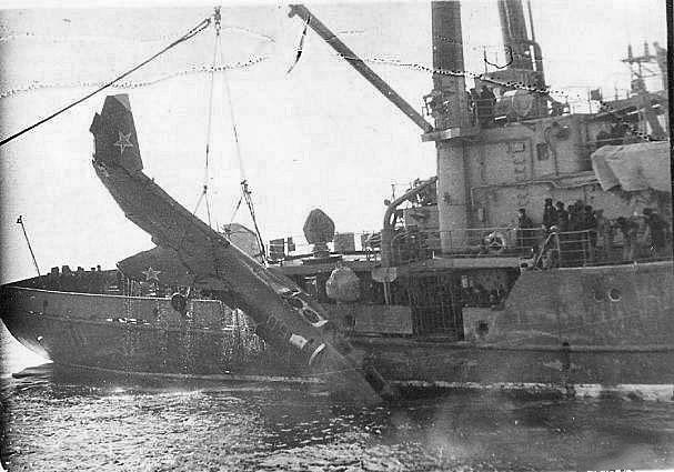 Самолет Як-38 с ТАКР «Минск». 1989год. Уссурийский залив.
