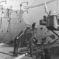 ПКЗ «Саратов» (двухпалубный грузопассажирский пароход).