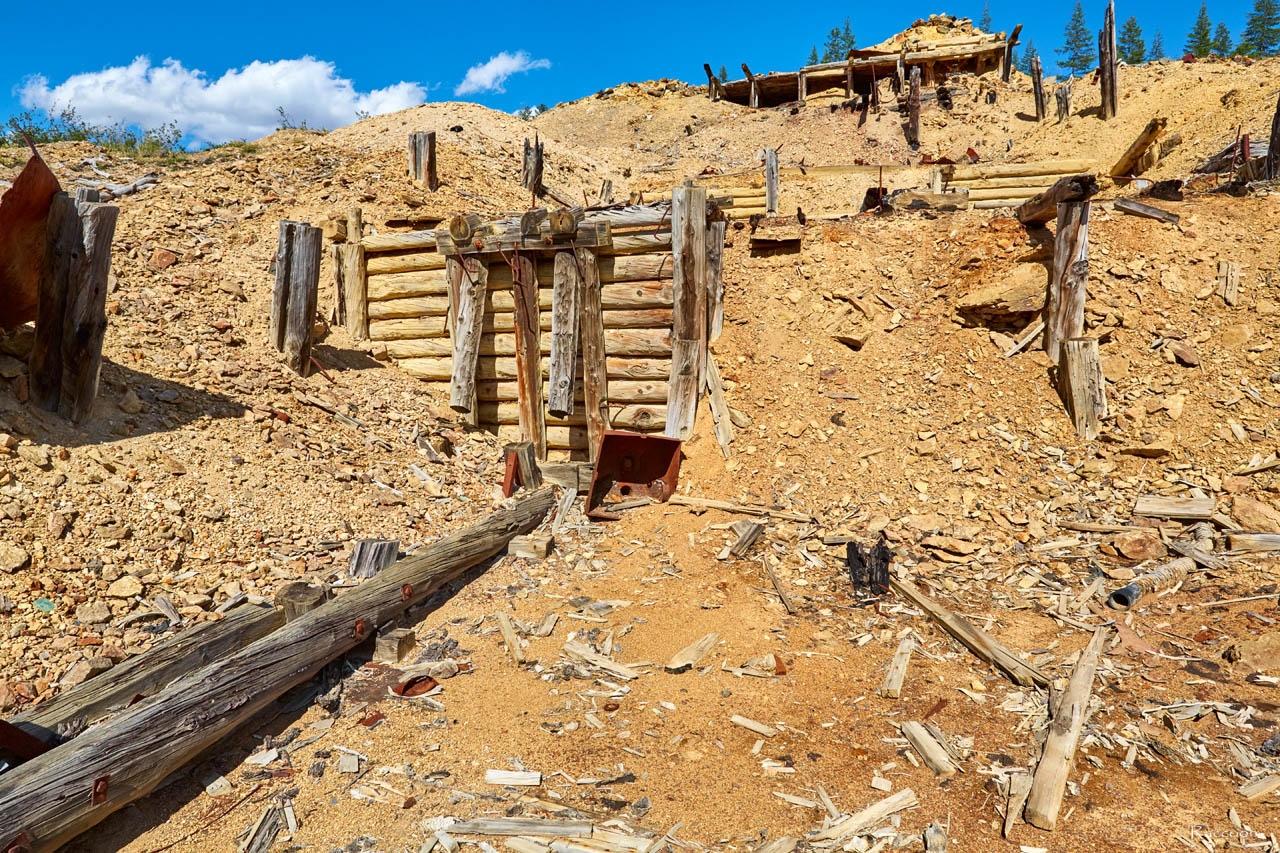 Развалины обогатительной фабрики №13. Хета. Июль 2017 года.