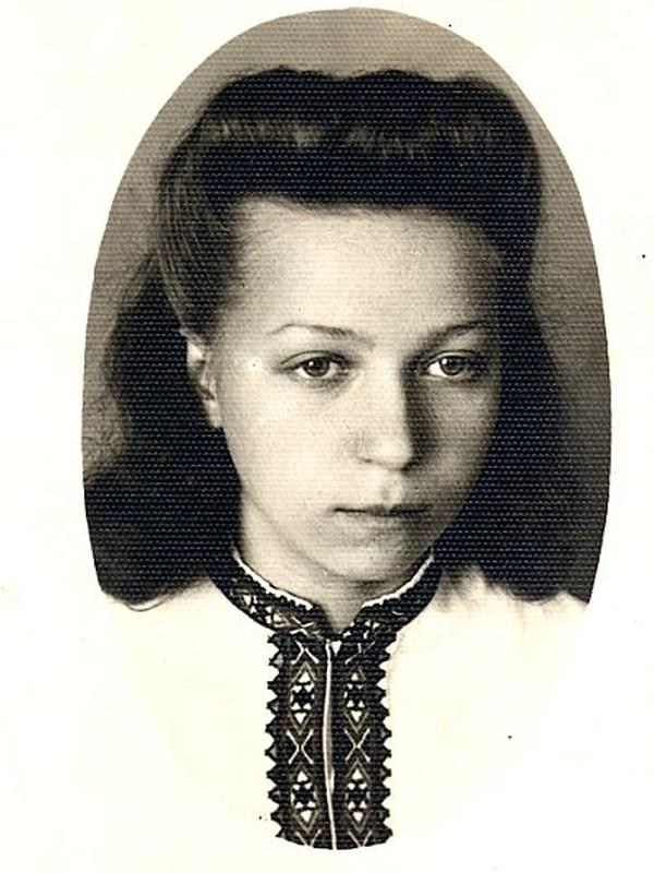 Иванна Мащак.