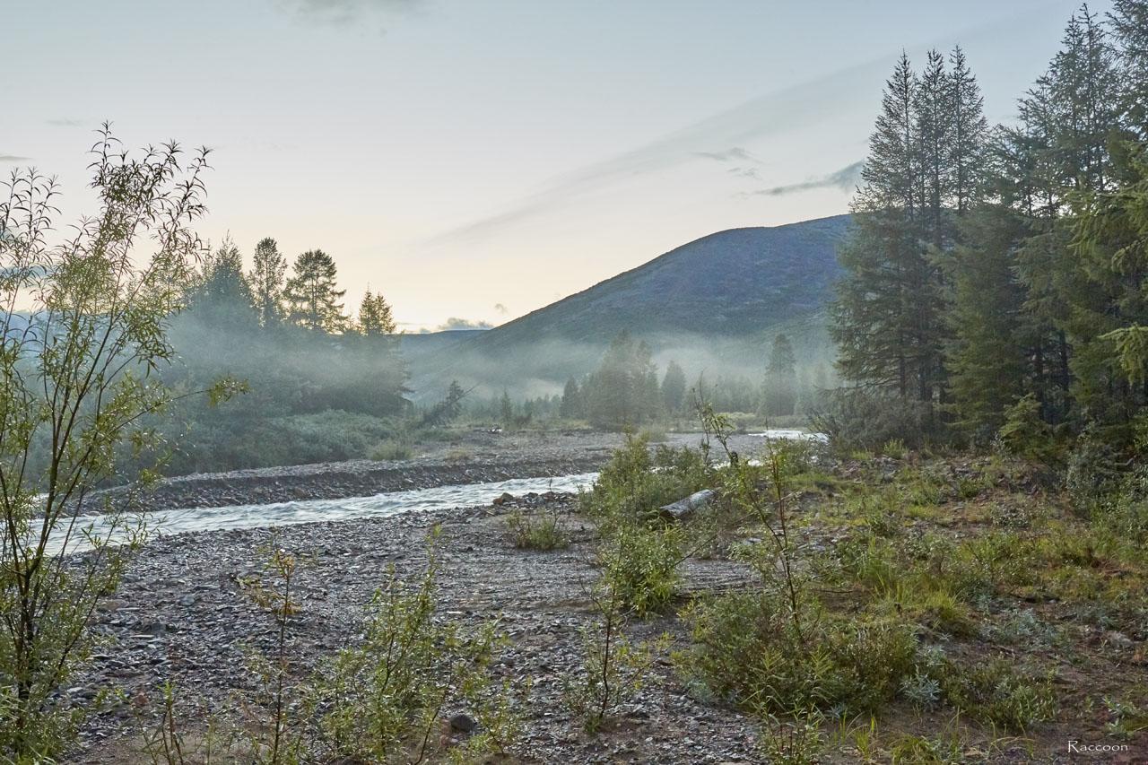 Утро на реке Тэнкэли.