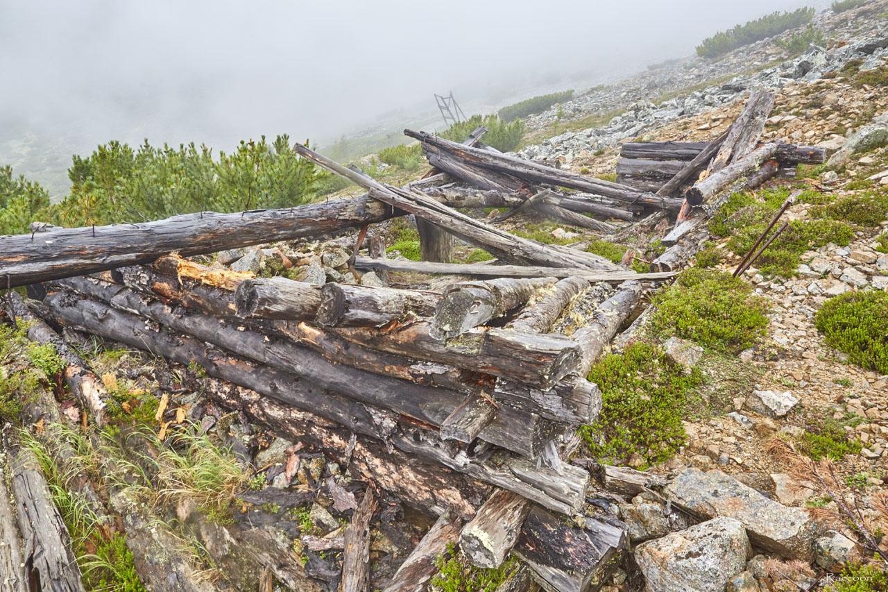 Развалины мастерских рудника«Сталинградец».