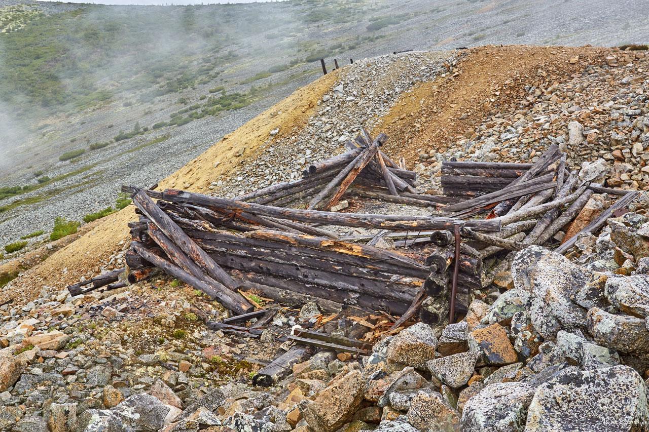 Развалины насосной у штольни рудника. Рудник «Сталинградец».