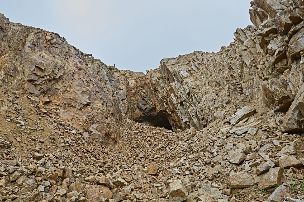 Рукотворный каньон.