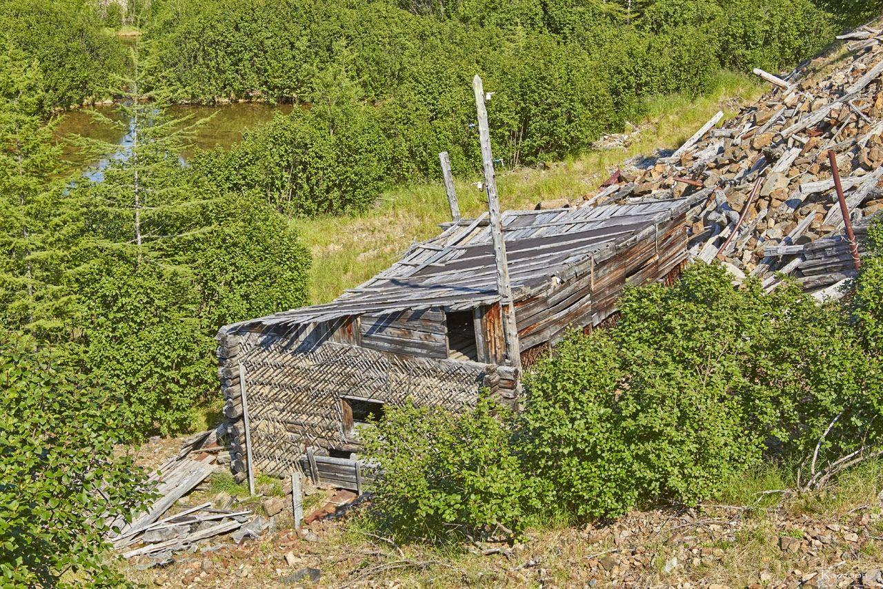 Уцелевший дом на ручье Урчан. 2019 год.