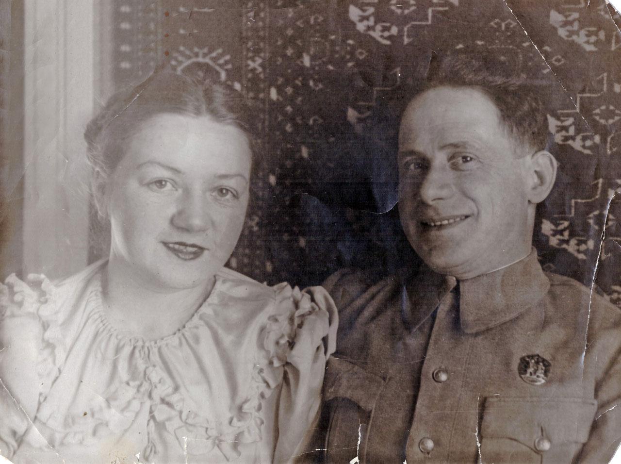 Усть-Омчуг, 1943 год
