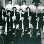 Народный хор пос. Стекольный (С.Н. Егоров - в верхнем ряду, второй справа)