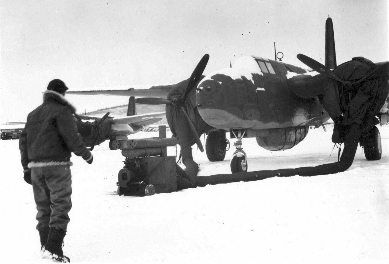 Бомбардировщик A-20G «Бостон» (Douglas A-20G Boston) на аэродроме