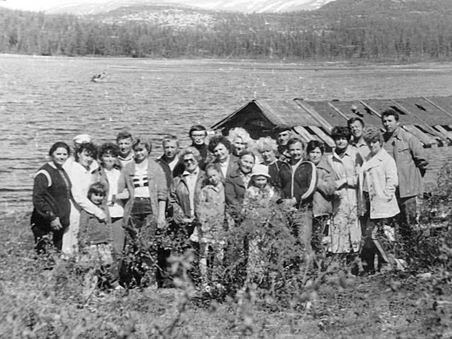 Арарат. Отдыхали всем поселком на Большом озере.