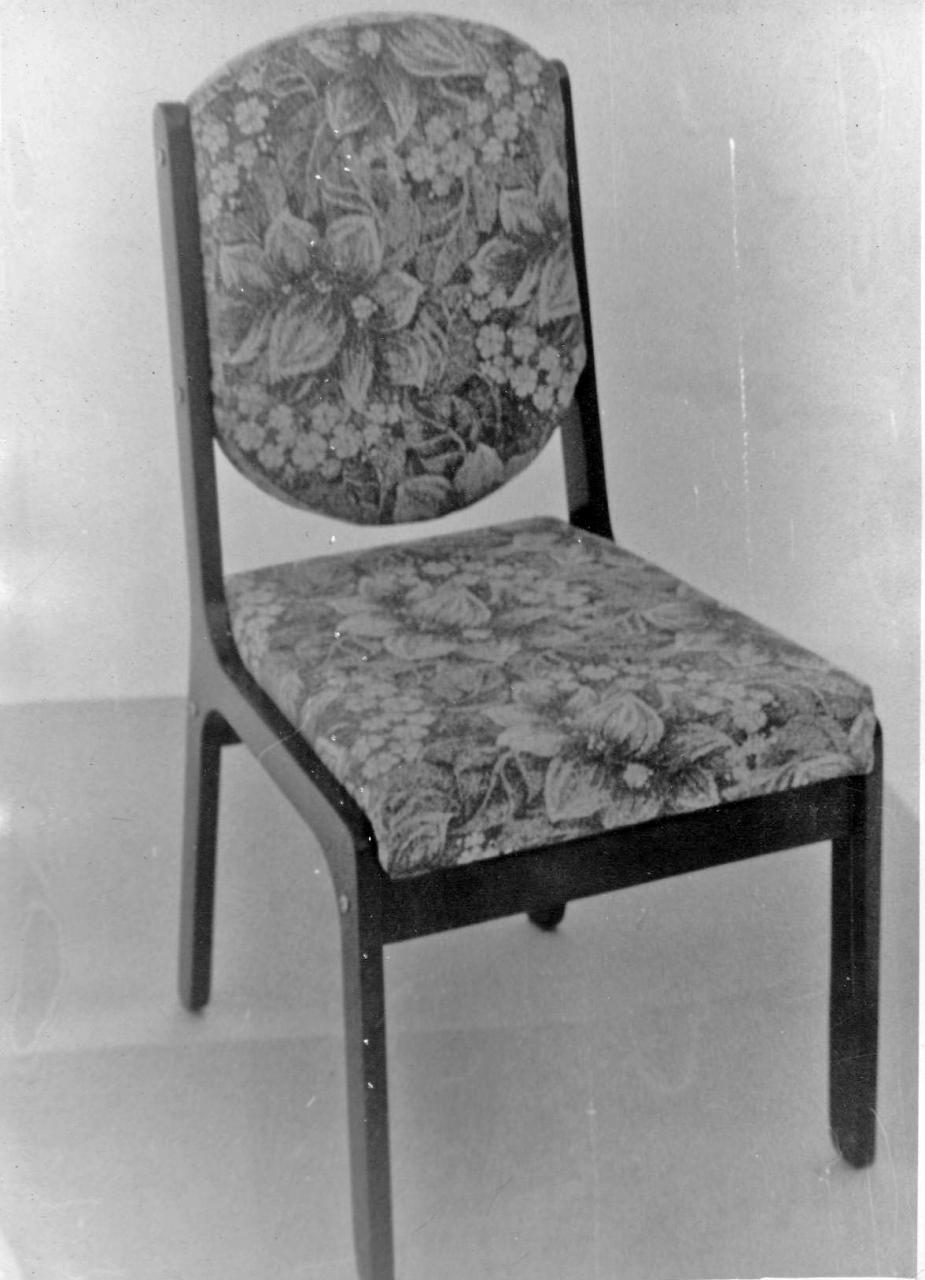 Изделия мебельного цеха. Из архива Виктора и Любы Грунских.