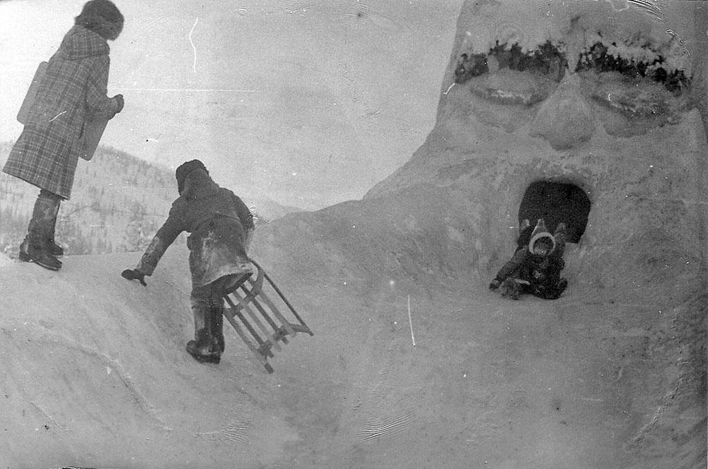 Арарат. Горка в виде головы Ильи Муромца – произведение искусства.