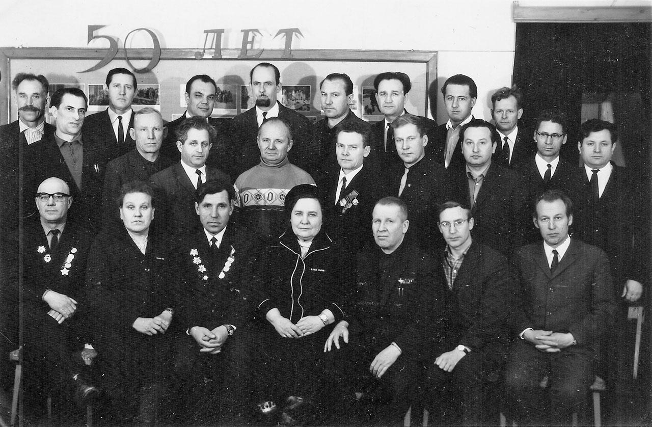 Хасын. Участники войны Великой Отечественной войны. (50-летие Советской армии). 1968 год.