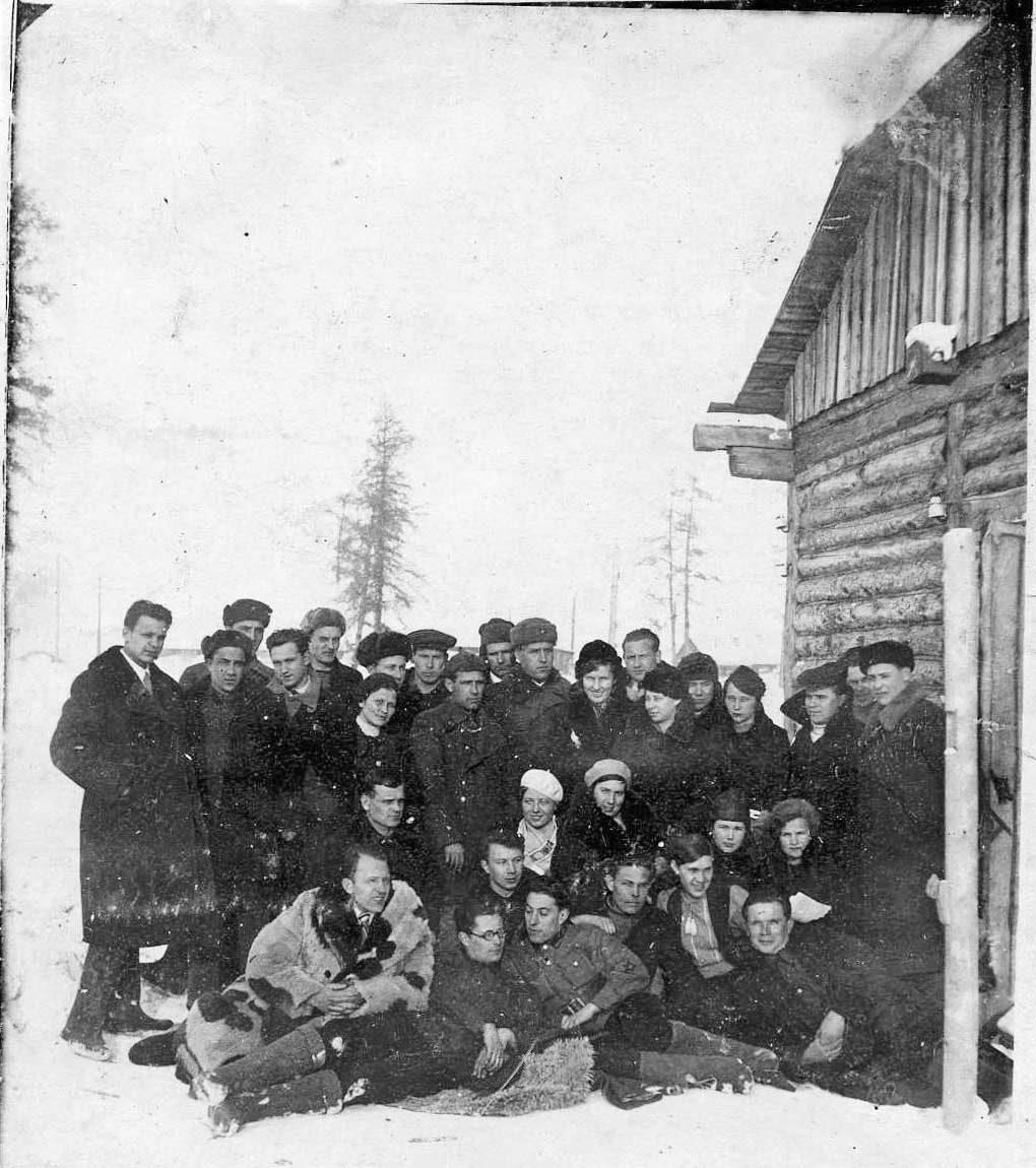 Февраль 1940 года. Посёлок Мякит.