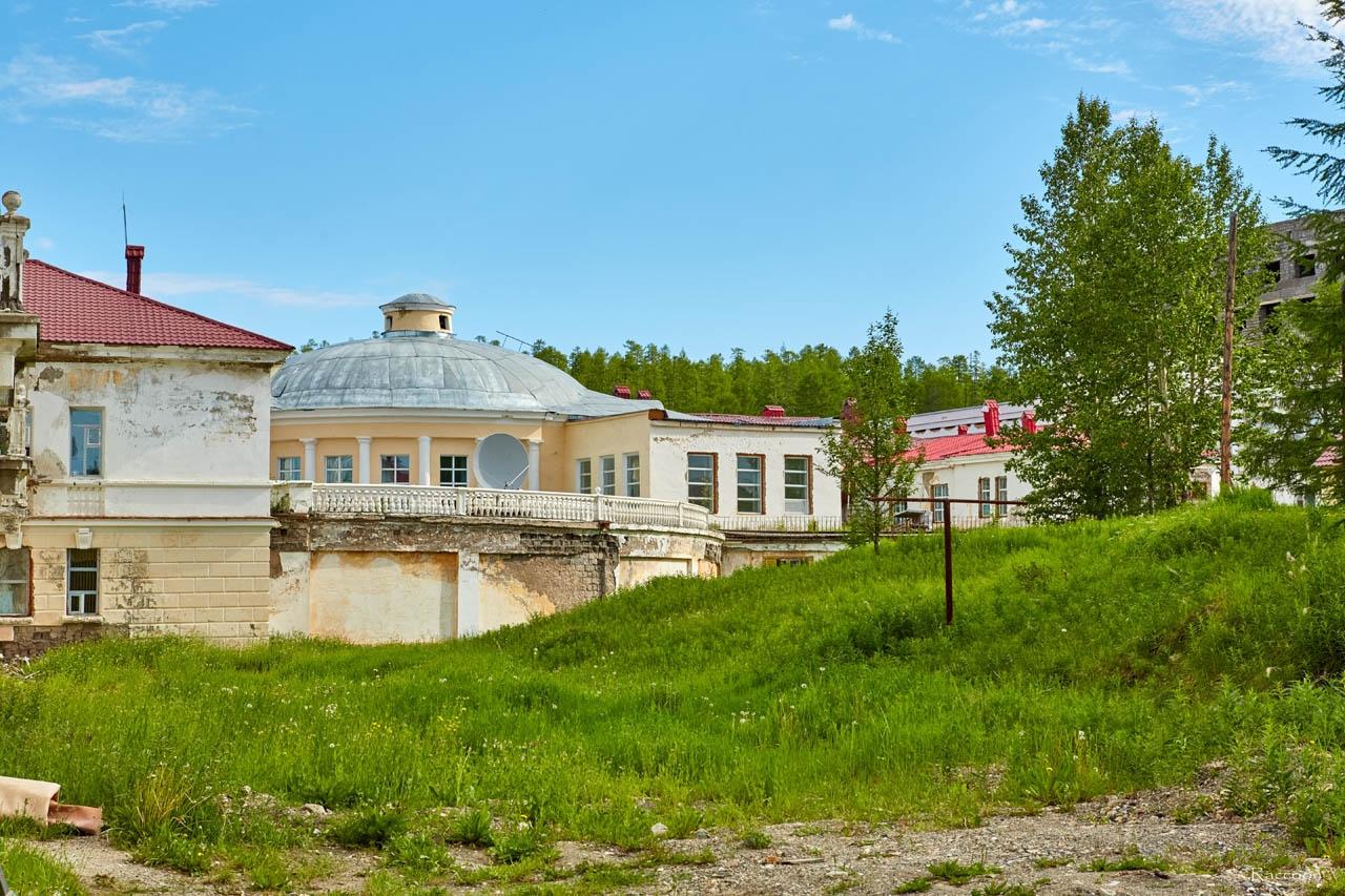 Корпуса курорта-санатория «Талая». Июль 2017 года.