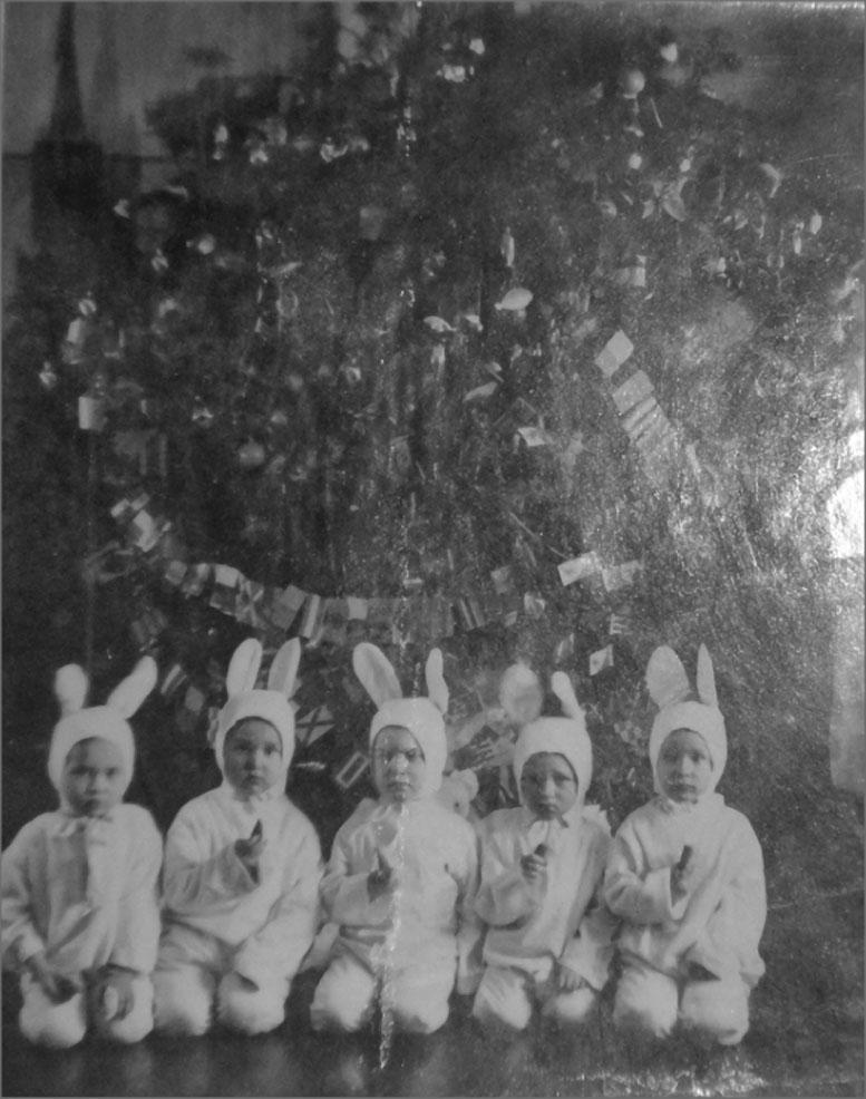 Оротукан. Детсад. 1940 год. Фото предоставлено Геннадием Капленковым.