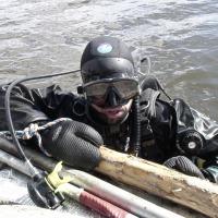 Дорохов Леонид после погружения в мутные воды озера.