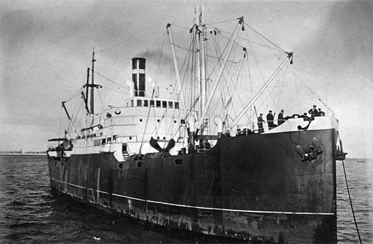 Флот Дальстроя. Пароход «Индигирка».
