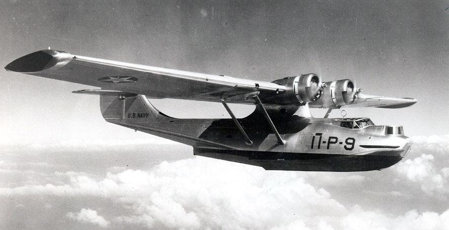 Летающая лодка «Каталина» в небе