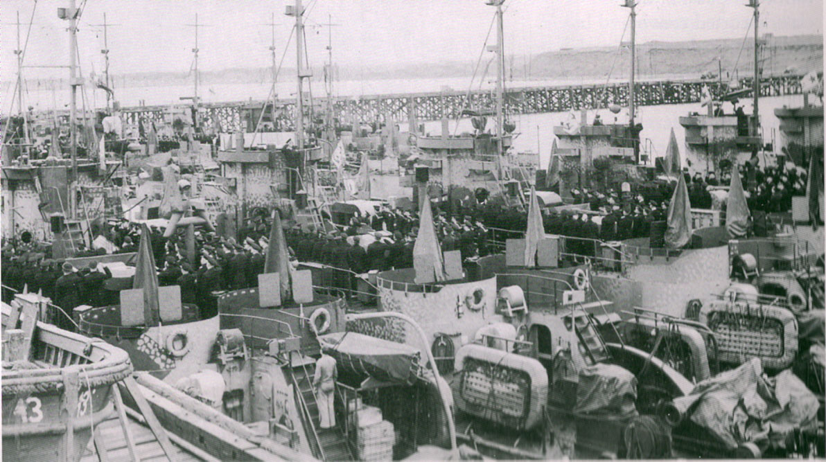 Передача кораблей в Колд–Бэй 1945 год