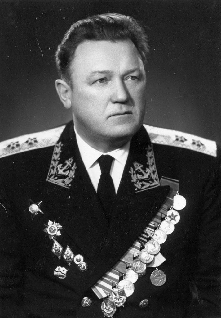 Михайлин Владимир Васильевич. Советский военачальник, адмирал