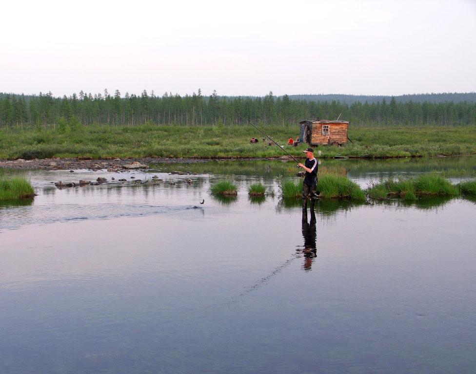 Рыбаки отводят душу. Из архива Андрея Лисицкого.