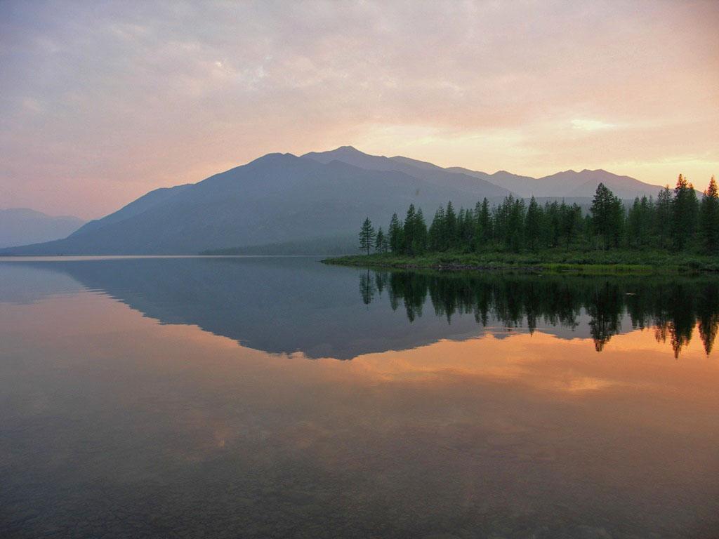 Закат на озере. Из архива Андрея Лисицкого.