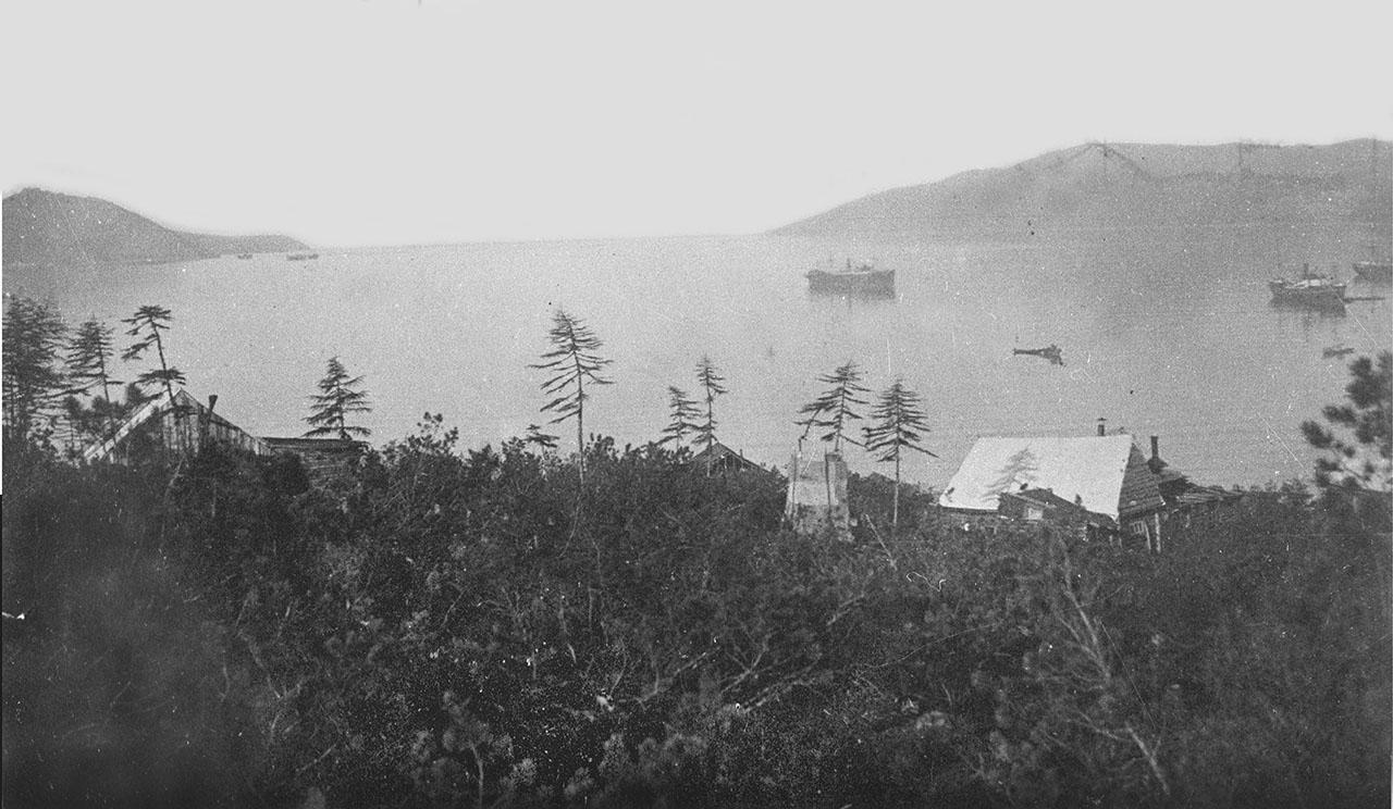Бухта Нагаева. 30-е годы.