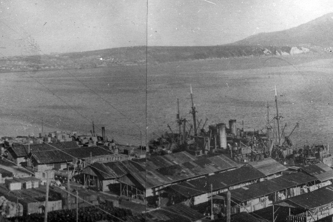 Магаданский торговый порт. Конец 30-х годов ХХ века.