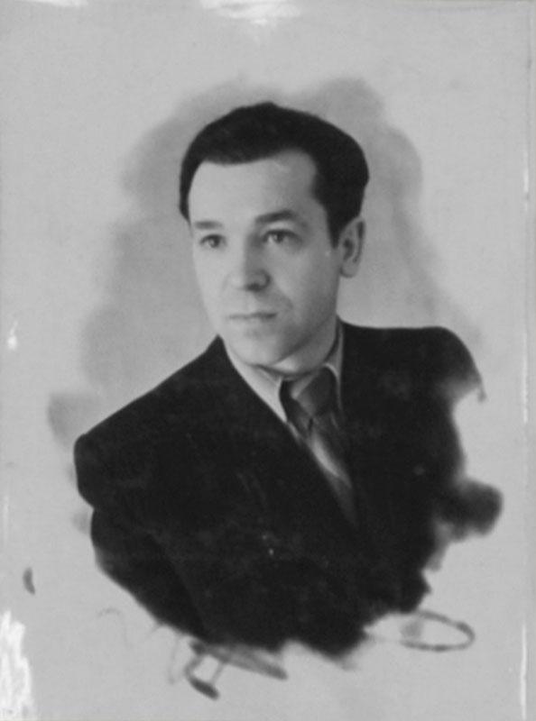 Гук Н.П. Слесарь инструментального цеха.