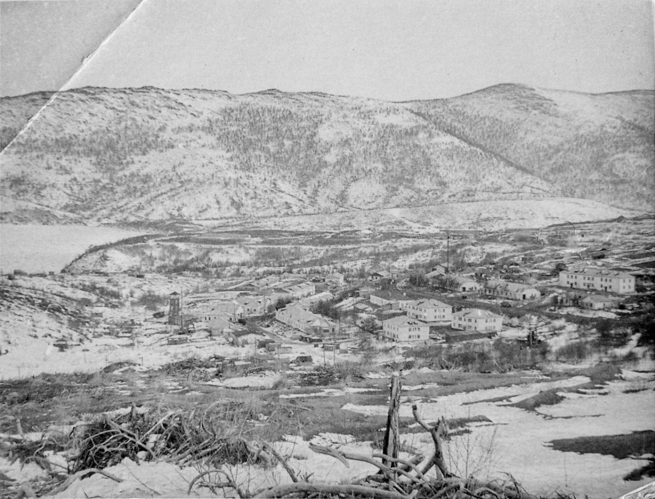 Вид на посёлок Старая Весёлая.