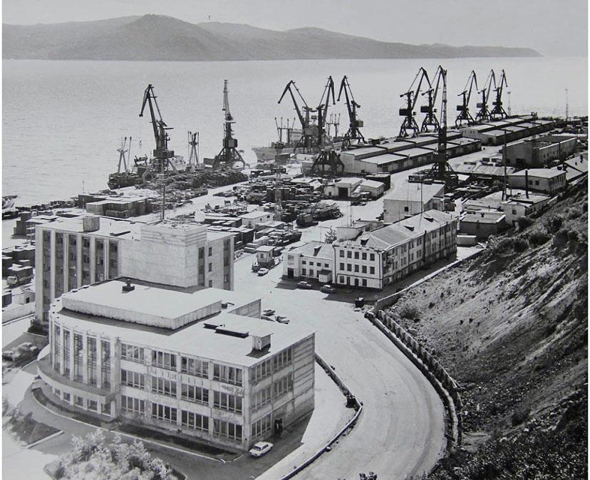 Магаданский морской торговый порт. 1988 год.