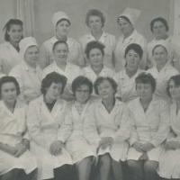 На снимке: сотрудники клинической лаборатории.