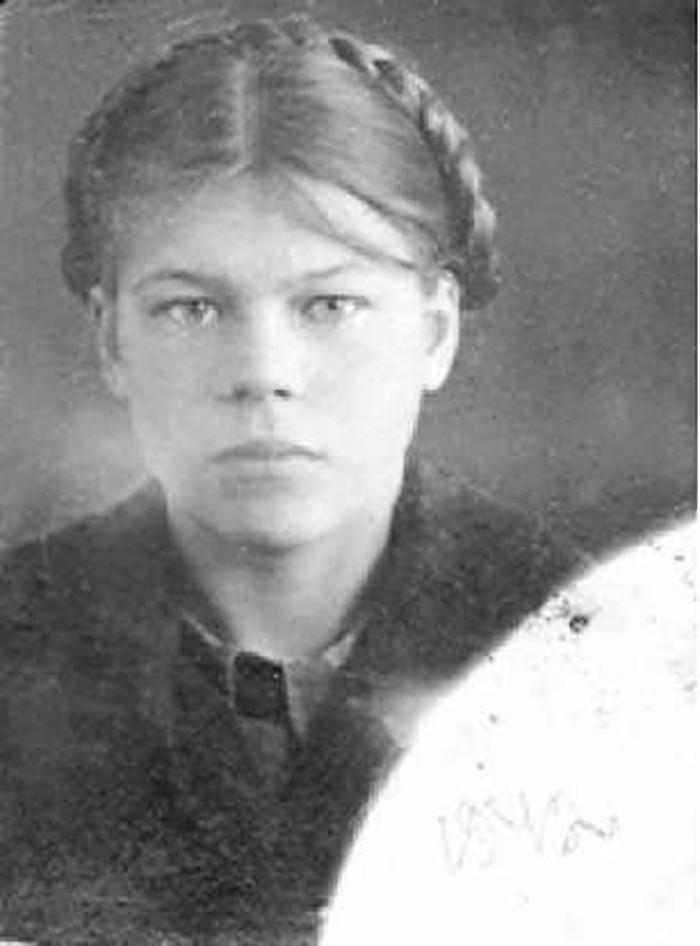 А.Ф. Ларионова. 1942 год. Фото из архива семьи Ларионовых.