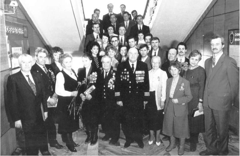 8-го мая 1995 года. Фото из архива семьи Ларионовых.