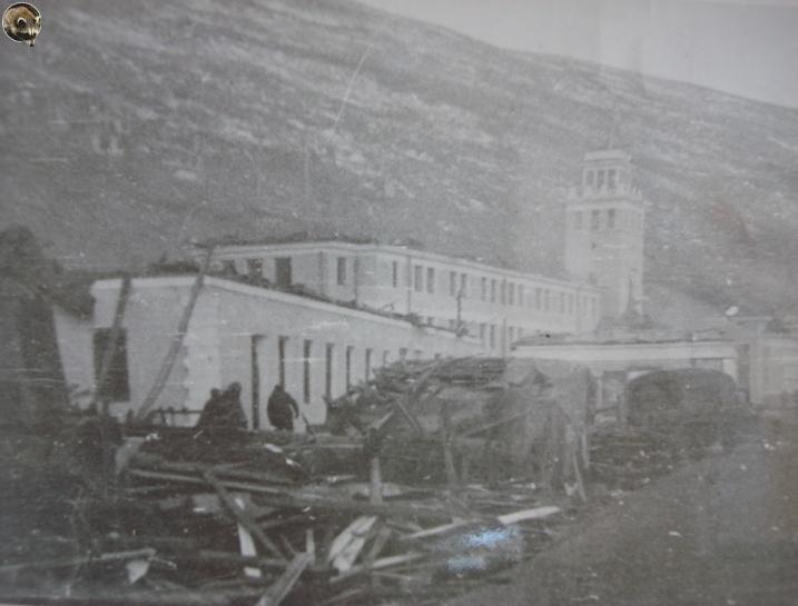 Торговый порт после взрывов пароходов